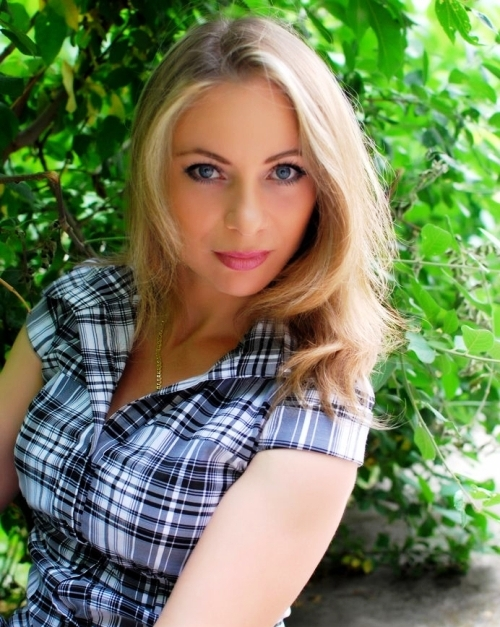 Dating beautiful girls in Kharkov on your trip to Ukraine